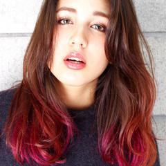 カラーバター グラデーションカラー セミロング 外国人風 ヘアスタイルや髪型の写真・画像