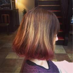 グラデーションカラー ボブ 秋 レッド ヘアスタイルや髪型の写真・画像