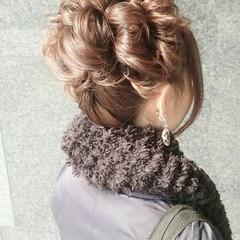 ミディアム ヘアアレンジ ゆるふわ ナチュラル ヘアスタイルや髪型の写真・画像