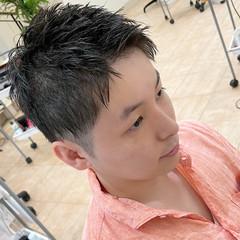ショートヘア メンズ 夏 ツーブロック ヘアスタイルや髪型の写真・画像
