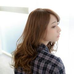 ナチュラル セミロング 透明感 前髪あり ヘアスタイルや髪型の写真・画像