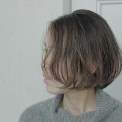 ハイライト ショートボブ パーマ モード ヘアスタイルや髪型の写真・画像