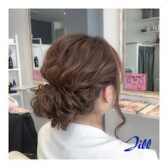 外国人風 シニヨン 波ウェーブ 簡単ヘアアレンジ ヘアスタイルや髪型の写真・画像
