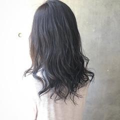 ウェットヘア オフィス デート 透明感 ヘアスタイルや髪型の写真・画像