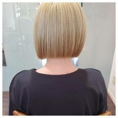 ストリート ハイトーンカラー ショートボブ ブリーチオンカラー ヘアスタイルや髪型の写真・画像