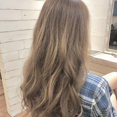 イルミナカラー デート ナチュラル ブリーチなし ヘアスタイルや髪型の写真・画像