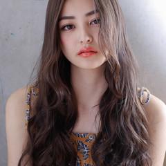 外国人風カラー デジタルパーマ ゆるふわパーマ ロング ヘアスタイルや髪型の写真・画像