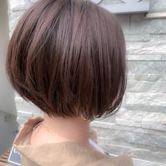 大人ショート ナチュラル ミルクティーグレージュ ショートボブ ヘアスタイルや髪型の写真・画像