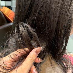 アッシュ ミルクティーベージュ ナチュラル インナーカラー ヘアスタイルや髪型の写真・画像