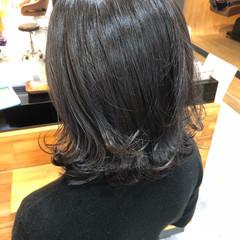 モード ミディアム デート イルミナカラー ヘアスタイルや髪型の写真・画像