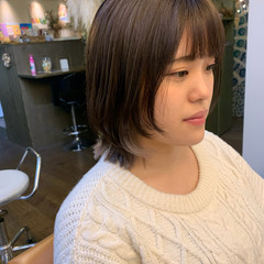 ミディアム ミディアムレイヤー ナチュラル レイヤーカット ヘアスタイルや髪型の写真・画像