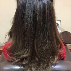 外国人風 ロング ダブルカラー グラデーションカラー ヘアスタイルや髪型の写真・画像
