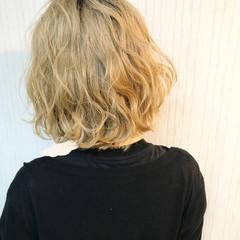 透明感 ハイライト ハイトーン ボブ ヘアスタイルや髪型の写真・画像