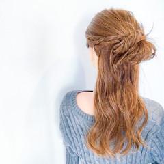 フェミニン セミロング ショート デート ヘアスタイルや髪型の写真・画像
