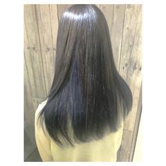 セミロング ブルー グレージュ ブリーチ ヘアスタイルや髪型の写真・画像
