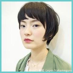 黒髪 モード ショート ナチュラル ヘアスタイルや髪型の写真・画像