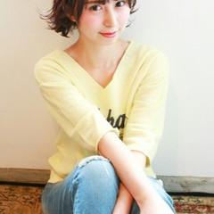 暗髪 レイヤーカット ショート ストリート ヘアスタイルや髪型の写真・画像