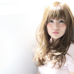 ロング レイヤーカット 外国人風 アッシュ ヘアスタイルや髪型の写真・画像