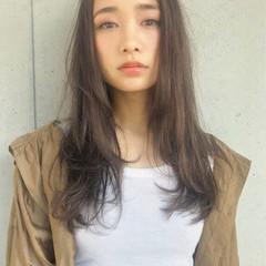 シアグレー セミロング ゆるふわ フェミニン ヘアスタイルや髪型の写真・画像