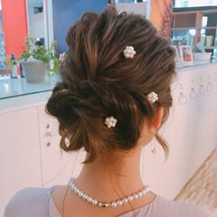 簡単ヘアアレンジ 結婚式 ミディアム フェミニン ヘアスタイルや髪型の写真・画像