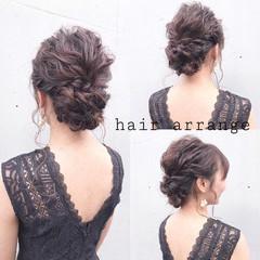 結婚式 シニヨン 黒髪 フェミニン ヘアスタイルや髪型の写真・画像