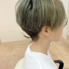 ベリーショート ナチュラル 刈り上げ ツーブロック ヘアスタイルや髪型の写真・画像