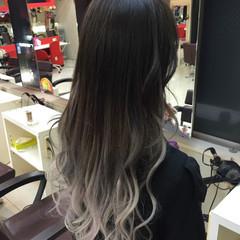 ロング ブリーチ グラデーションカラー エクステ ヘアスタイルや髪型の写真・画像