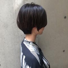 似合わせ ダークアッシュ 透明感 ショート ヘアスタイルや髪型の写真・画像