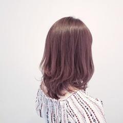 ベージュ ナチュラル デート 外国人風 ヘアスタイルや髪型の写真・画像