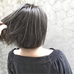 ベージュ ボブ アッシュ ストリート ヘアスタイルや髪型の写真・画像