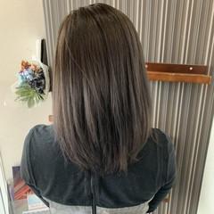 ブリーチカラー ブリーチオンカラー アッシュグレージュ アッシュグレー ヘアスタイルや髪型の写真・画像