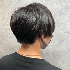 メンズショート メンズパーマ メンズ ナチュラル ヘアスタイルや髪型の写真・画像