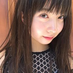 前髪あり 大人かわいい 外国人風 グレージュ ヘアスタイルや髪型の写真・画像