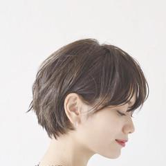 オフィス 黒髪 モード 大人かわいい ヘアスタイルや髪型の写真・画像