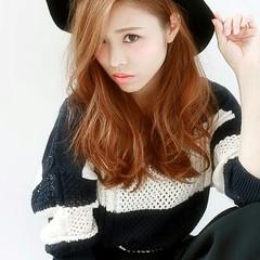 外国人風 セミロング 大人女子 小顔 ヘアスタイルや髪型の写真・画像