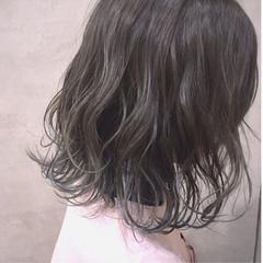 抜け感 切りっぱなし グラデーションカラー ボブ ヘアスタイルや髪型の写真・画像