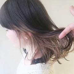 ナチュラル 透明感カラー ミルクティーベージュ ミディアム ヘアスタイルや髪型の写真・画像