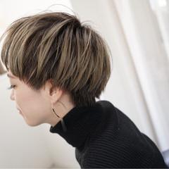 モード ショートボブ ハイライト ショート ヘアスタイルや髪型の写真・画像