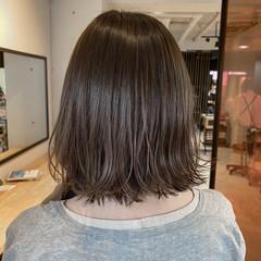 ミニボブ ミルクティーベージュ ベージュ ミディアム ヘアスタイルや髪型の写真・画像