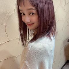 ハイトーン ペールピンク ナチュラル可愛い セミロング ヘアスタイルや髪型の写真・画像