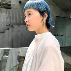 ショート ナチュラル ターコイズブルー ブルー ヘアスタイルや髪型の写真・画像
