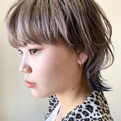 ウルフ インナーカラー ブルー ショート ヘアスタイルや髪型の写真・画像