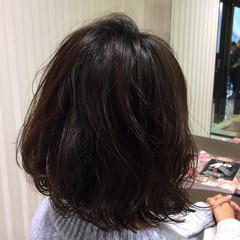 ワンカール デジタルパーマ ショート ナチュラル ヘアスタイルや髪型の写真・画像