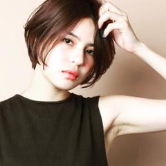 大人かわいい 外国人風 ボブ 冬 ヘアスタイルや髪型の写真・画像