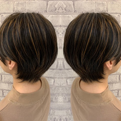 ミニボブ ナチュラル 3Dハイライト ホワイトグラデーション ヘアスタイルや髪型の写真・画像