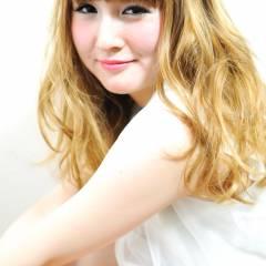 ロング ガーリー 渋谷系 ヘアスタイルや髪型の写真・画像