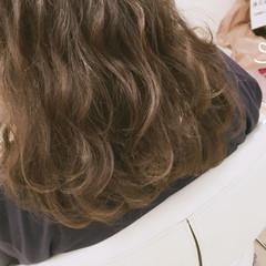 波ウェーブ ゆるふわ カール ヘアアレンジ ヘアスタイルや髪型の写真・画像