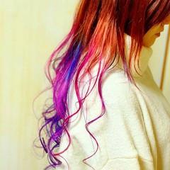 塩基性 グラデーションカラー ストリート 派手髪 ヘアスタイルや髪型の写真・画像