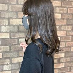 セミロング 前髪あり イルミナカラー アッシュグレージュ ヘアスタイルや髪型の写真・画像