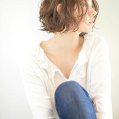 ニュアンス 大人女子 小顔 外国人風 ヘアスタイルや髪型の写真・画像